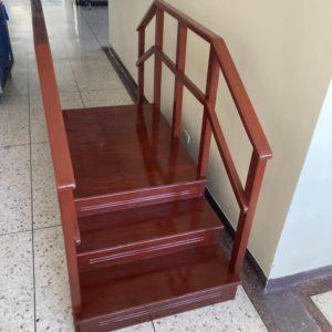 บันไดกายภาพบำบัดทางตรง/ 1-way corner staircase