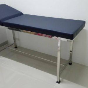 เตียงตรวจโรคสแตนเลส  / Stainless steel examination bed