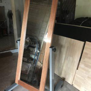 กระจกส่องเต็มตัวกรอบไม้ / Physical mirror, wood frame
