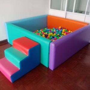 อ่างบอล / Ball basin